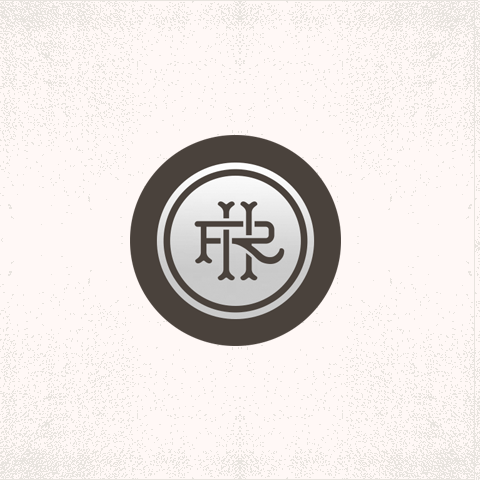 roundhill_silver monogram